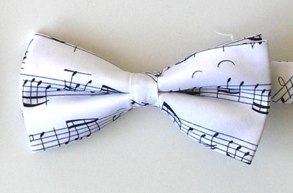 """Fliege """"Bach Notenschrift"""" weiss"""